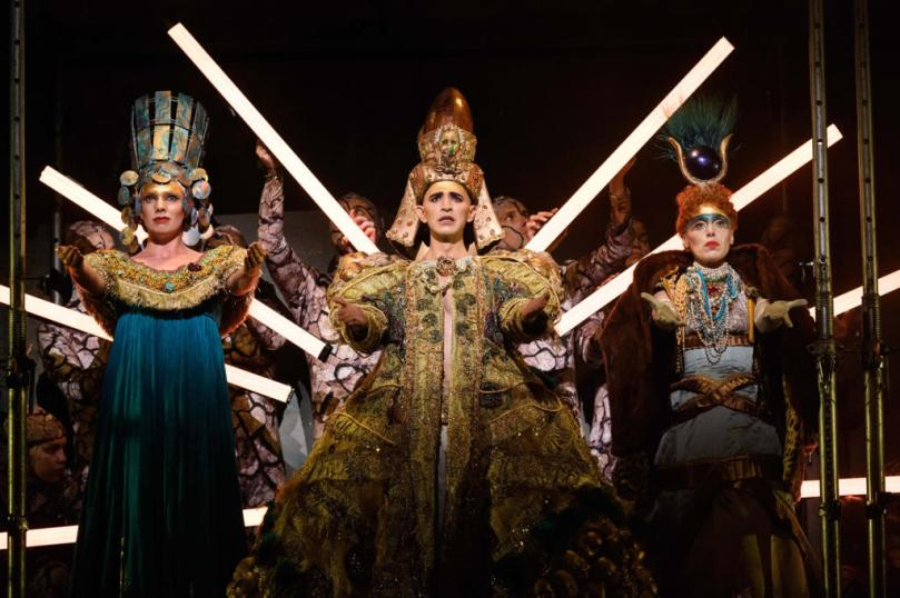 ENO-Akhnaten-2019-Katie-Stevenson-Anthony-Roth-Costanzo-and-Rebecca-Bottone-©-Jane-Hobson-2-1024x682