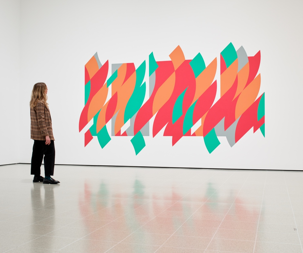 Installation view of Bridget Riley, Rajasthan, 2012 at Hayward Gallery 2019 © Bridget Riley 2019 Photo Stephen White & Co.